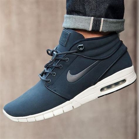 Ready Shoes Nike Tennis 2 0 25 best ideas about mens fashion shoes on