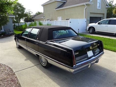 1995 cadillac fleetwood brougham purchase used 1995 cadillac fleetwood brougham sedan 4
