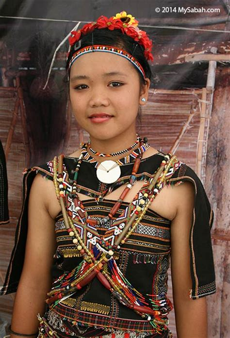 details about dayak girl photo costume jewels borneo rungus girl in traditional costume rungus pinterest