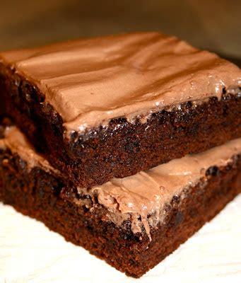 Fudgy Brownies Topping Nutella Chocomaltine sugar spice fudgy brownies with nutella cheese frosting