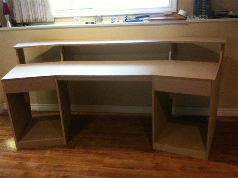 diy studio desk plans diy recording studio desk plans woodideas