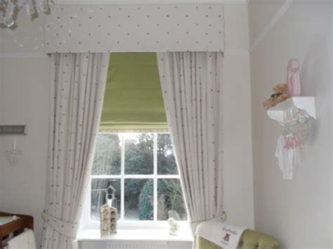 gwens sewing box curtains  blinds shop  morley