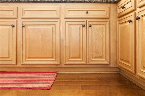 cheap kitchen cabinet secrets to finding cheap kitchen cabinets