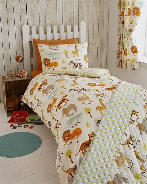 Bedroom Curtains With Matching Bedspreads Bedroom Curtains And Matching Bedding Inspirations Also