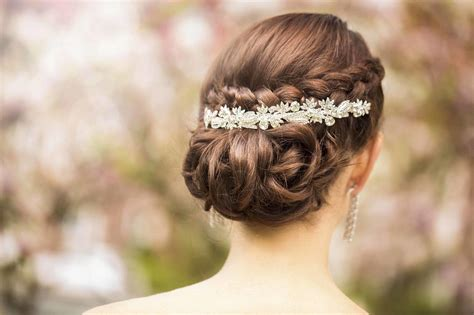 Twisted Hairstyles by Twisted Chignon How To Create This Updo For Your Wedding Day