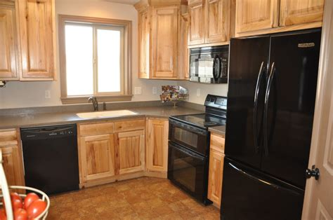 Kitchen Cabinets With Black Appliances Oak Kitchen Cabinets With Black Appliances Oak Kitchen Cabinets With Black Countertops Oak