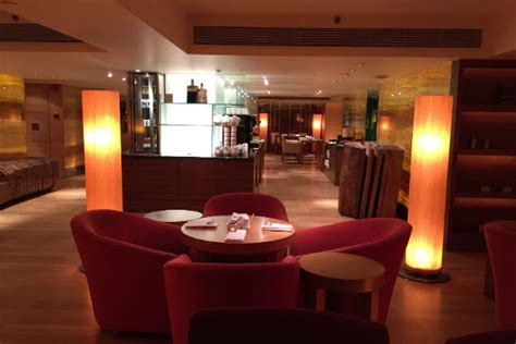 Grand Hyatt Singapore Grand Club Lounge Seating Ariana Manufactured Spending On Gift Cards