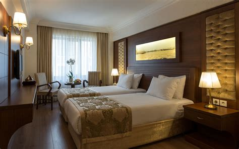 layout of twin room in hotel the basics of a good hotel room design interior design