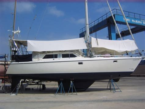 Moody For Sale by For Sale Moody Eclipse 43 Deck Saloon Gbp 105 000
