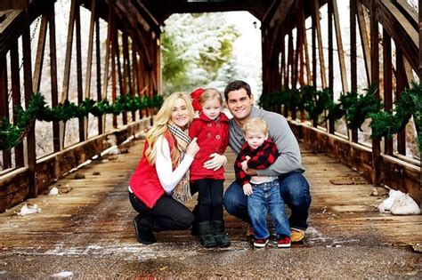 family picture color ideas the gallery for gt family photo blue clothing ideas