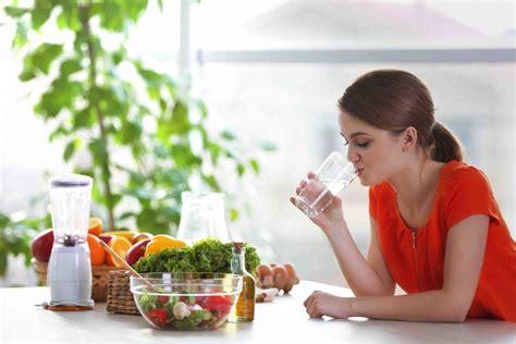 alimentazione pressione alta ipertensione arteriosa dieta e alimentazione bere acqua