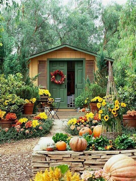 harvest cottage outdoor decor