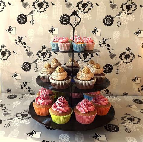 schallplatten etagere retro cupcake hochzeit backen kuchen - Etagere Cupcakes Hochzeit