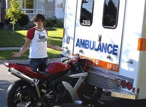 Ambulance Meme - bike crashes into ambulance hilarious jokes funny