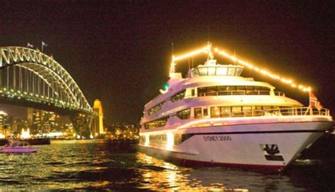 sydney harbour cruise new years 2018 new years cruise on sydney harbour
