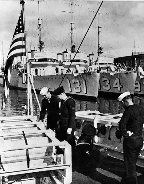 boat supplies nelson file wickes class destroyers before transfer to the uk
