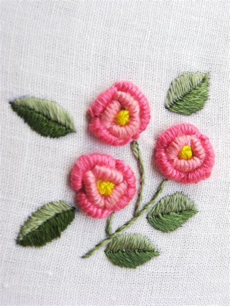 embroidery flowers 1000 ideas about embroidered flowers on