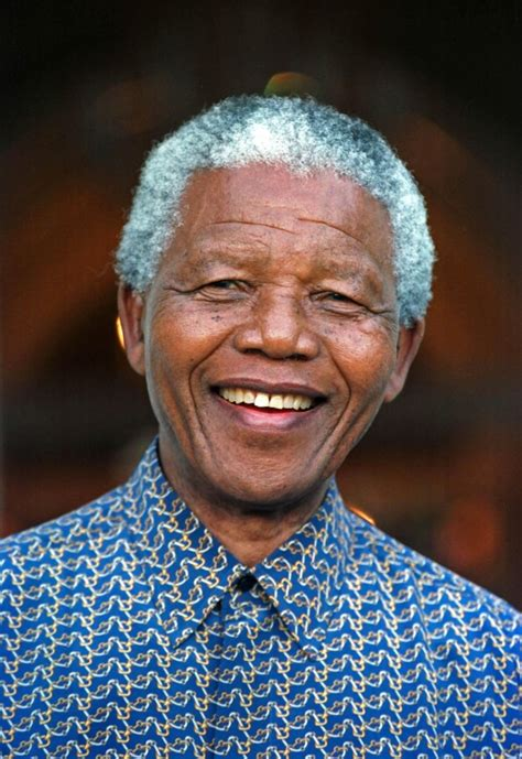 leader icon mandela a short biography the personality approach to leadership in making the good