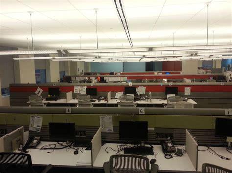 american express employee help desk called blue work employees w american express office