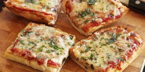 Sosis Bakar Mini Imut Dan Lucu resep pizza roti tawar teflon praktis vemale