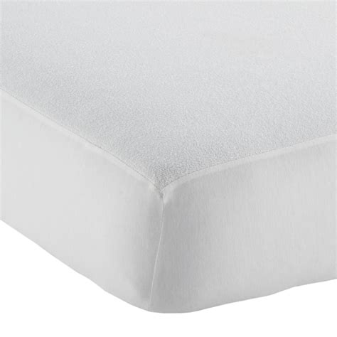 Waterproof Crib Mattress Protector Naturepedic No Compromise Organic Lightweight Crib Mattress The Land Of Nod
