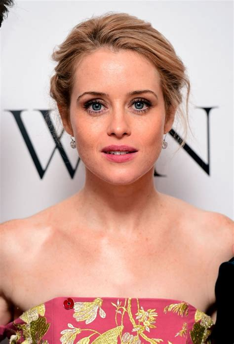 elizabeth actress crown who is claire foy queen elizabeth ii actress in the crown