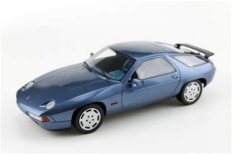 Porsche 928 S4 by Ls Collectibles Porsche 928 S4 1 18 Blue Ls022a