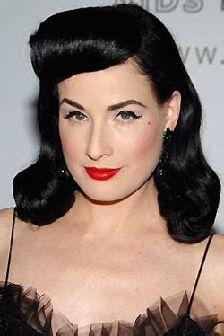 1940s Glam Made Modern Everyday by How To 1940s Inspired New Year S Dita
