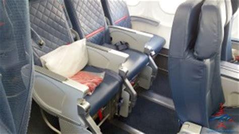 delta leg room delta s new 757 200 ow mods for 1st comfort plus overhead quot cabin quot dividers my new favorite