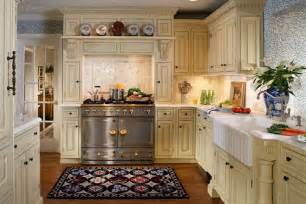 25 traditional kitchen designs for a royal look godfather style