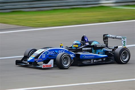 Formel 3 Auto by File Formula 3 Cup Car Jpg Wikimedia Commons
