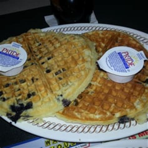 waffle house vs ihop this is why we hit waffle house instead of ihop ratchets vs thots in irvington nj