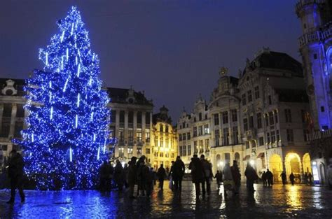 brussels axes christmas tree so muslims won t be offended
