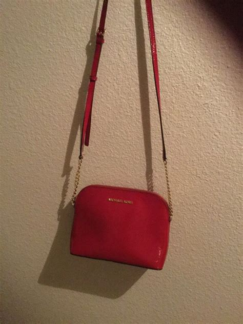 Michaell Kora Xs Slingbag Authentic michael kors sling bag jewelry accessories in tacoma wa offerup