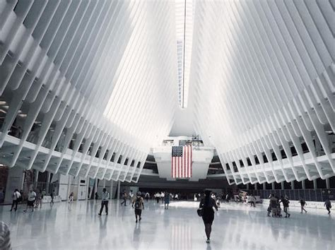 apple s new retail chief announces three month advance on apple s world trade center store in new york opens august