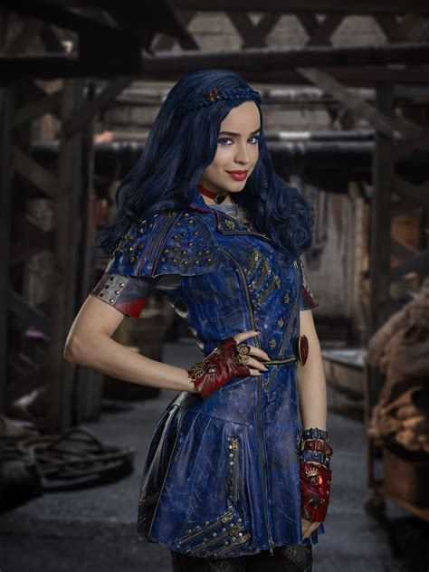 Evie And Me by Sofia Carson Descendants 2 Evie Makeup And Hair