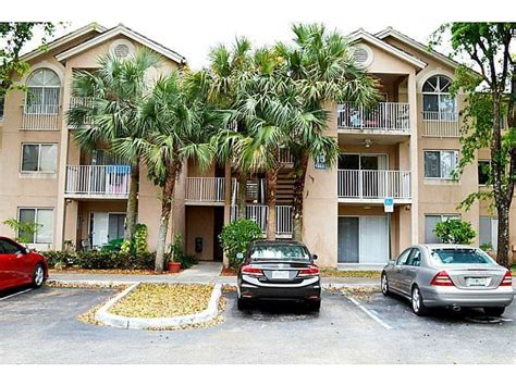 royal palm gardens condominium association inc royal palm place at the hammocks