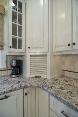 white kitchen cabinets with eclipse mullion k i t c h 1000 images about kitchen remodeling ideas on pinterest
