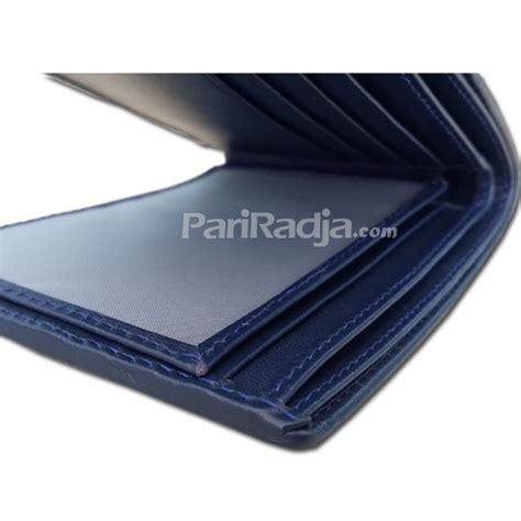 dompet pria kulit ikan pari motif batik warna biru kerajinan kulit ikan pari