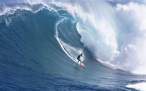 imagenes para fondo de pantalla surf surf ola gigante surfeando una gra ola fotos e