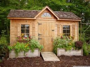 Small Backyard Shed Ideas 1000 Ideas About Garden Sheds On Potting Sheds Greenhouses And Gardening