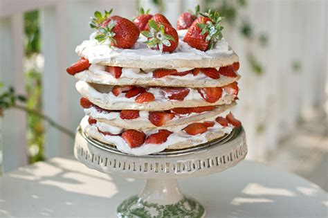 Reader Recipe Swedish Strawberry Cake by Swedish Midsummer Strawberry Meringue Layer Cake The