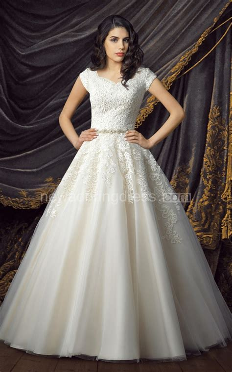 lace tulle ball gown modest wedding dresses  cap