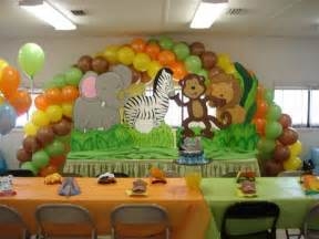 Jungle theme baby shower cakes effective ideas baby shower