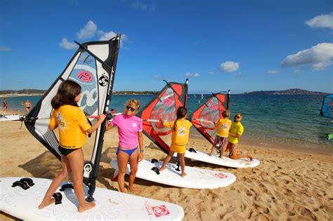 windsurf porto pollo windsurfen sardinien porto pollo windsurfaub