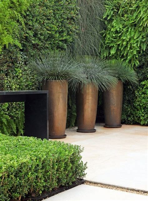modern planters and pots 1000 ideas about contemporary planters on pinterest