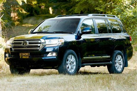 Toyota Land Cruise 2016 Toyota Land Cruiser Pricing Features Edmunds