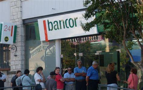 bancarios acordaron un aumento de 278 en las paritarias bancarios acordaron un 33 de aumento y levantaron el paro