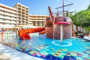 children s pool with a pirate ship aquapark laguna