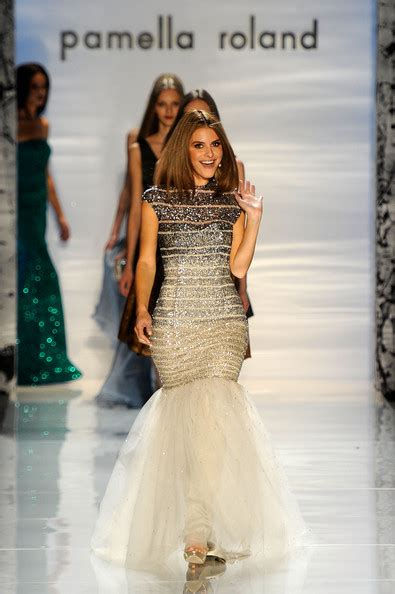 Catwalk To Carpet Menounos In Pamella Roland by Menounos Pictures Pamella Roland Runway Fall